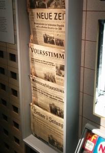 39 Zeitungen aber nur eine Meinung: Wer politische Informationen suchte, schaute Westfernsehen.
